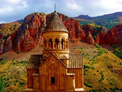Հայաստանի 8 հրաշալիքները. Չորրորդ հրաշալիք. Նորավանք