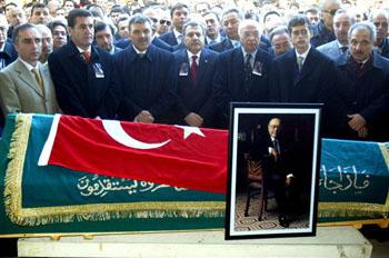 Ahmet Ertegun knew what's good for Turkey: Genocide recognition
