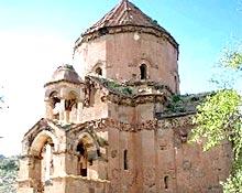 Akhtamar Church subject to vandalism