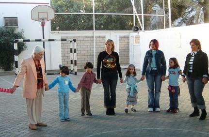 AROUSIAK SAHAKIAN WITH A DANCING SESSION WITH ABU DHABI SCHOOL CHILDREN