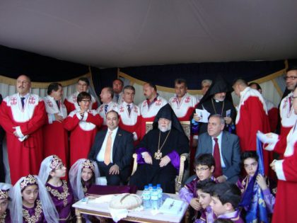 Catholicos Aram I lays the foundation stone of the Holy Martyrs Armenian Church of Abu Dhabi