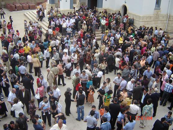 Armenians celebrate Easter in Baghdad 2009