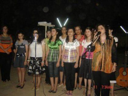 Community life resumes in Basra