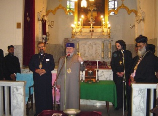 Karekin II visits Armenian Church of Bombay