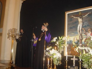 Aram I presides over sunrise service marking the median day of Lent (Michink)