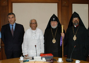 Karekin II meets with Chief Minister of West Bengal (India)