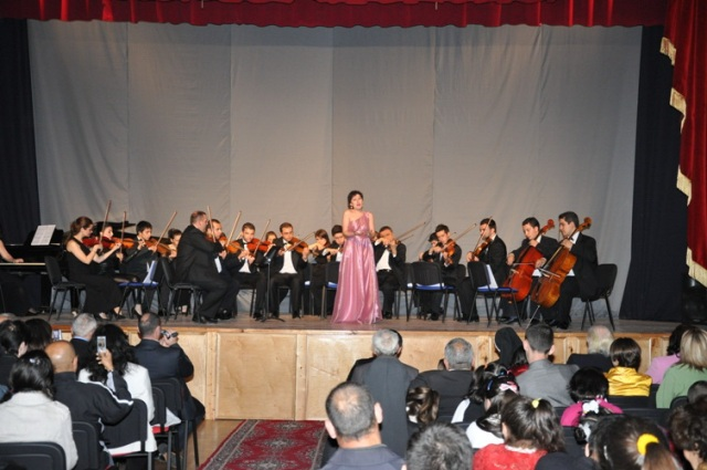 Gomidas Chamber Orchestra of Aleppo performs in Armenia