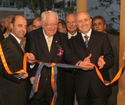 Haigazian University honors renowned photo journalist Harry Koundakjian