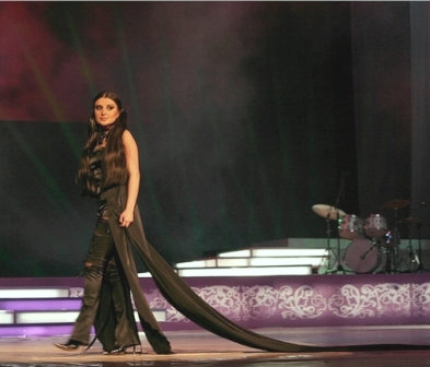 Performing at the 4th Armenian music awards
