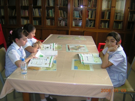 Students in the library of the Armenian school in Kuwait