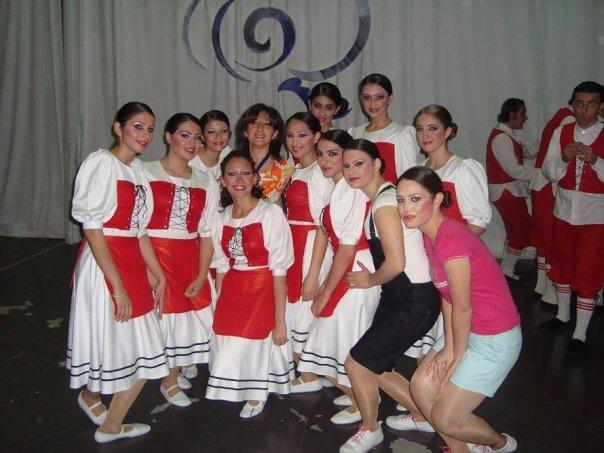 Shakeh dance group