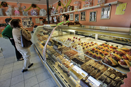 Maral's Bakery in Los Angeles