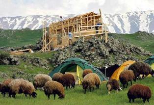 Noah's Ark rebuilt to show climate change threat