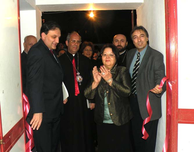 Opening of the painting exhibition in Cairo