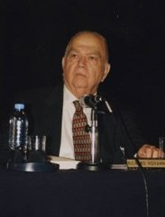 Dr. Richard Hovannisian in Argentina