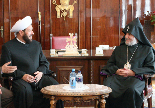 Syria's Musfti visits Etchmiadzin