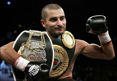 Armenian boxer Vic Darchinyian – One victory after the other
