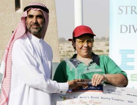 Receiving the cheque